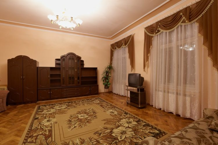 2 – bedroom apartment on the Popovich street